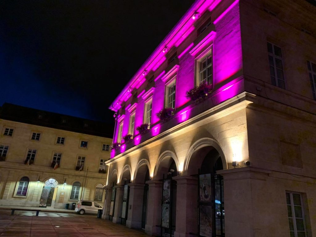 Eclairage de façades – Octobre rose